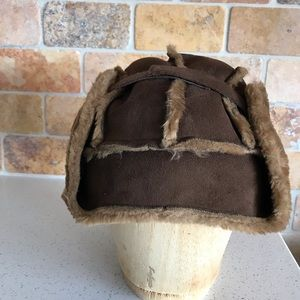 Trapper-style hat